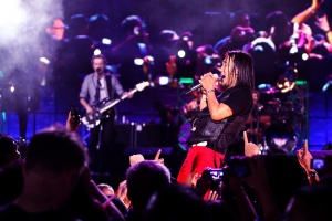 Journey _Band with Arnel Pineda (3)