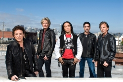 Journey _Band with Arnel Pineda (9)