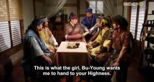 33. Buyoung says goodbye to the series with a letter for Jumong, which he reads in sight of everyone.