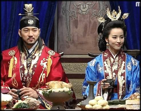The King of Goguryeo, Jumong, and the queen, Soseono