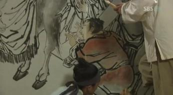 g.  Dan Won helps Yun Bok heal by painting _Painter of the Wind (7)