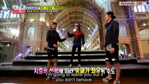 Jihyo - Kwangsoo warm greeting _Running Man ep 189 _Melbourne (6)