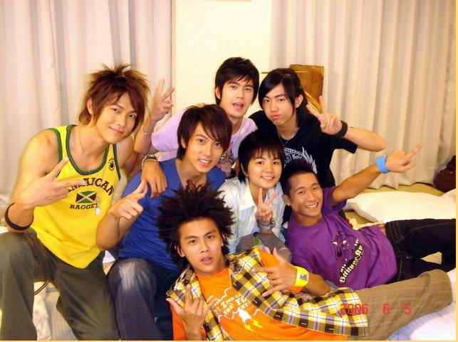 the guys at Ying Kai _ Hana Kimi _Taiwan