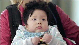 baby Gooki visits uncle Chang Min _ep 19c