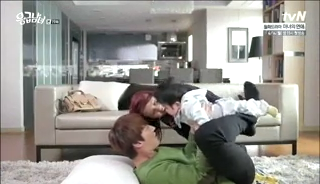 baby Gooki visits uncle Chang Min _ep 19t