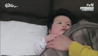baby Gooki visits uncle Chang Min _ep 19x